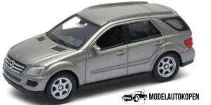 Mercedes-Benz M Class - Welly 1:60 / Die Cast