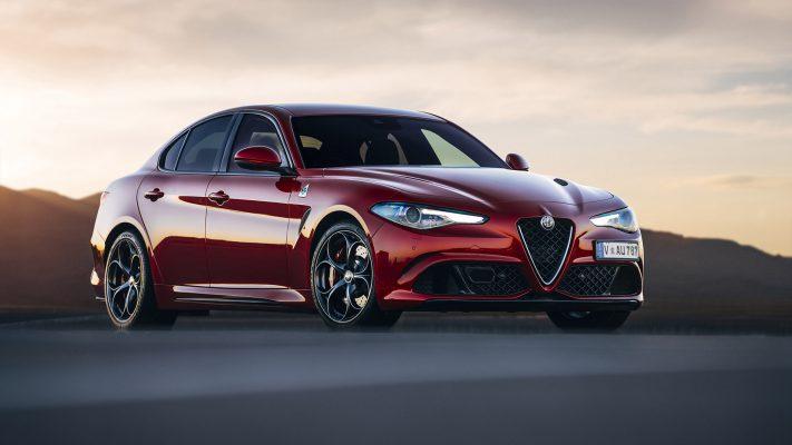 2016-Alfa-Romeo-Giulia-V23-1080
