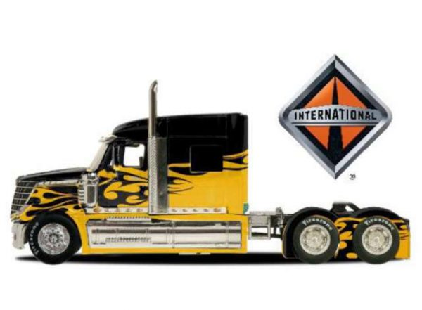 International Lonestar Pull Back - Maisto 1:64