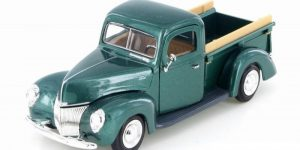 1940 Ford Pickup 1:24