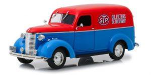 STP Oil 1939 Chevrolet Panel Truck - Greenlight 1:24