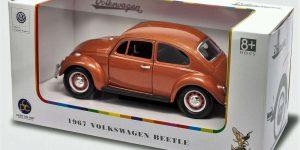 1967 Volkswagen Beetle - Lucky Die Cast 1:24 (Bruin)