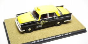 Austin A55 Cambridge Mark II - 007 Dr. No 1:43