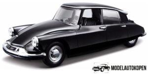 1960 Citroën DS19 - Bburago 1:32 (16 cm)