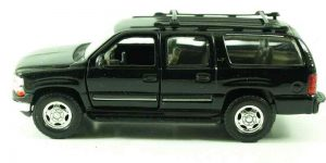 2001 Chevrolet Suburban Black - Welly 1:36