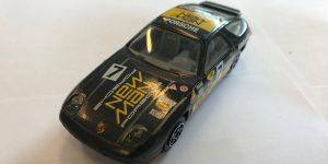 Porsche 928 S4 (zwart) - Bburago 1:43