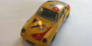 Porsche 911 Carrera (geel)