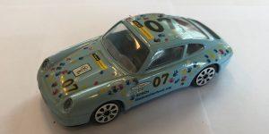 Porsche 911 Carrera (7) - Bburago 1:43