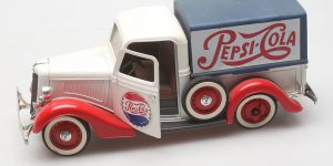 Prestige Solido Ford Pepsi Pick-Up 1:18