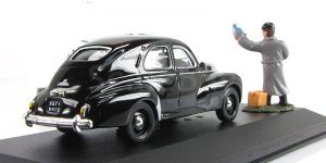 The Cold War Series Peugeot 203 black SDECE - IXO 1:43