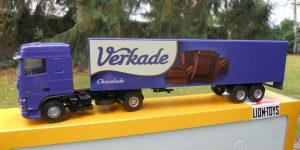 Verkade DAF Truck 95XF (blauw) - Lion Toys 1:50