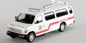 Ford Fourgon Fire Police 2000 USA - del Prado 1:57