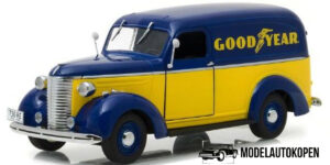 1939 Chevrolet Panel Truck (Limited Edition) - Green Light 1:24