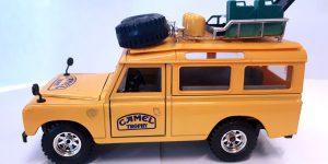 Camel Trophy Landrover Jeep - Bburago 1:24