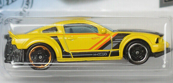 2005 - Ford Mustang - Hot Wheels 1:64