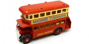 1932 AEC Regent Double Decker Bus Madame Tussauds - LLedo 1:43