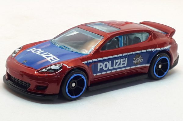 Porsche Panamera - Hot Wheels 1:64