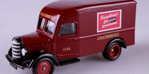 Days Gone 1950 bedford 30cwt Delivery Van - Lledo 1:43