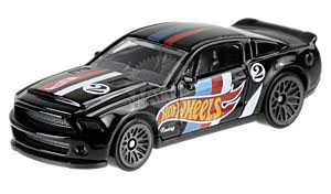 10 Ford Shelby GT500 Super Snake - Hot Wheels 1:64