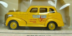 Days Gone 1939 Chevrolet Car Yellow Cabs - Lledo 1:43