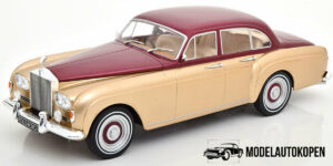 Rolls Royce Silver Cloud III Flying Spur Gold - Model Car Group 1:18