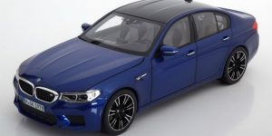 BMW M5 Blauw - BMW Collection 1:18