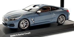 BMW 8 Series Coupé - BMW Collection 1:18
