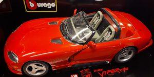 Dodge Viper RT/10 (1992) - Bburago 1:18