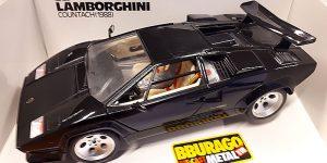 Lamborghini Countach (1988) - Bburago 1:18