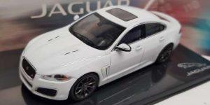 Jaguar XFR (Polaris White) - IXO 1:43