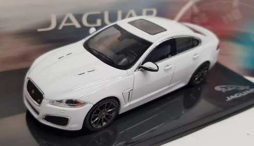 Jaguar XFR (Polaris White) - IXO 1:43