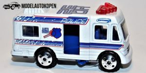 Police Mobile Command Center, Rescue Squad - Matchbox 1:64