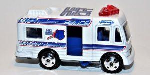 Police Mobile Command Center, Rescue Squad - Matchbox 1:64
