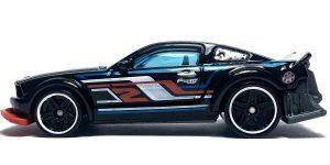 2005 Ford Mustang (Zwart) - Hot Wheels 1:64