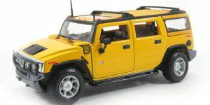 2003 Hummer H2 SUV (geel) - Maisto 1:27