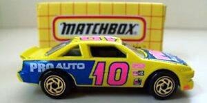 MB 35 Pontiac - Matchbox 1:64