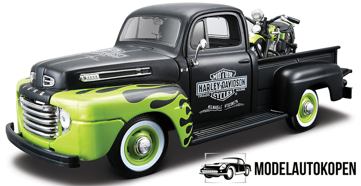 Ford F1 Pickup + Harley Duo Glide (Groen) 1:24 Maisto