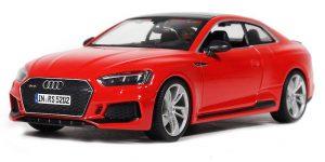 Audi RS 5 Coupé (Rood) 1:24 Bburago