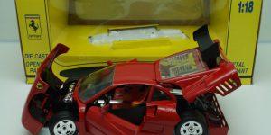Ferrari GTO Evoluzione 1:18 (Rood) Revell
