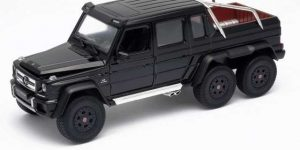 Mercedes-Benz G63 AMG 6X6 (Zwart) 1:24 Welly