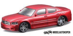 Dodge Charger R/T (Rood) 1:43 Bburago