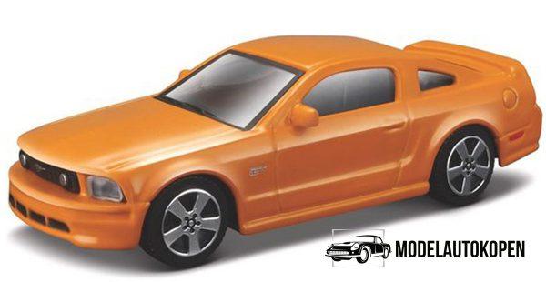 Ford Mustang GT (Oranje) 1:43 Bburago