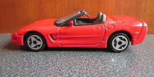 Chevrolet Corvette Convertible 1998 (Rood) 1/43 Street Fire Bburago