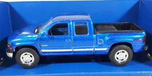 Chevrolet Silverado 1999 (Blauw) 1/32 Welly