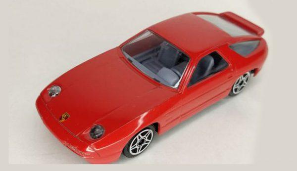 Porsche 928 S4 Rood - 1/43 Bburago
