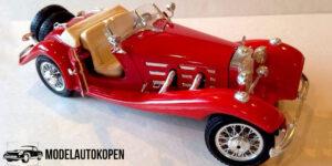 Mercedes-Benz 500K Roadster (1936) Rood 1/20 Bburago
