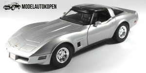 1982 Chevrolet Corvette Coupe (Zilver)