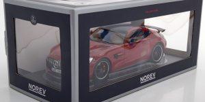 2018 Mercedes-Benz AMG GT-R (Rood) 1/18 Norev