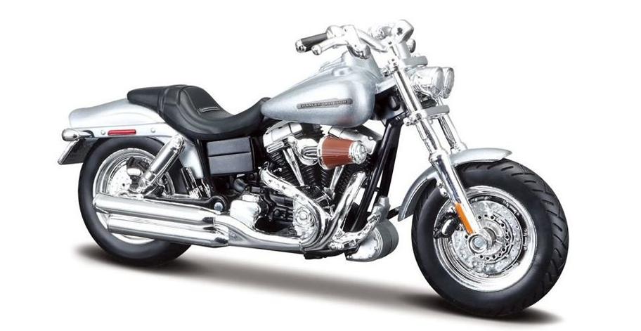 Harley Davidson FXDFSE CVO Fat Bob 2009 (Zilver)