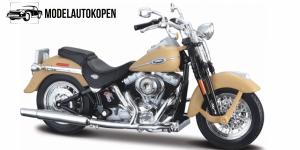 Harley Davidson Ultra Classic Electra Glide (Beige)